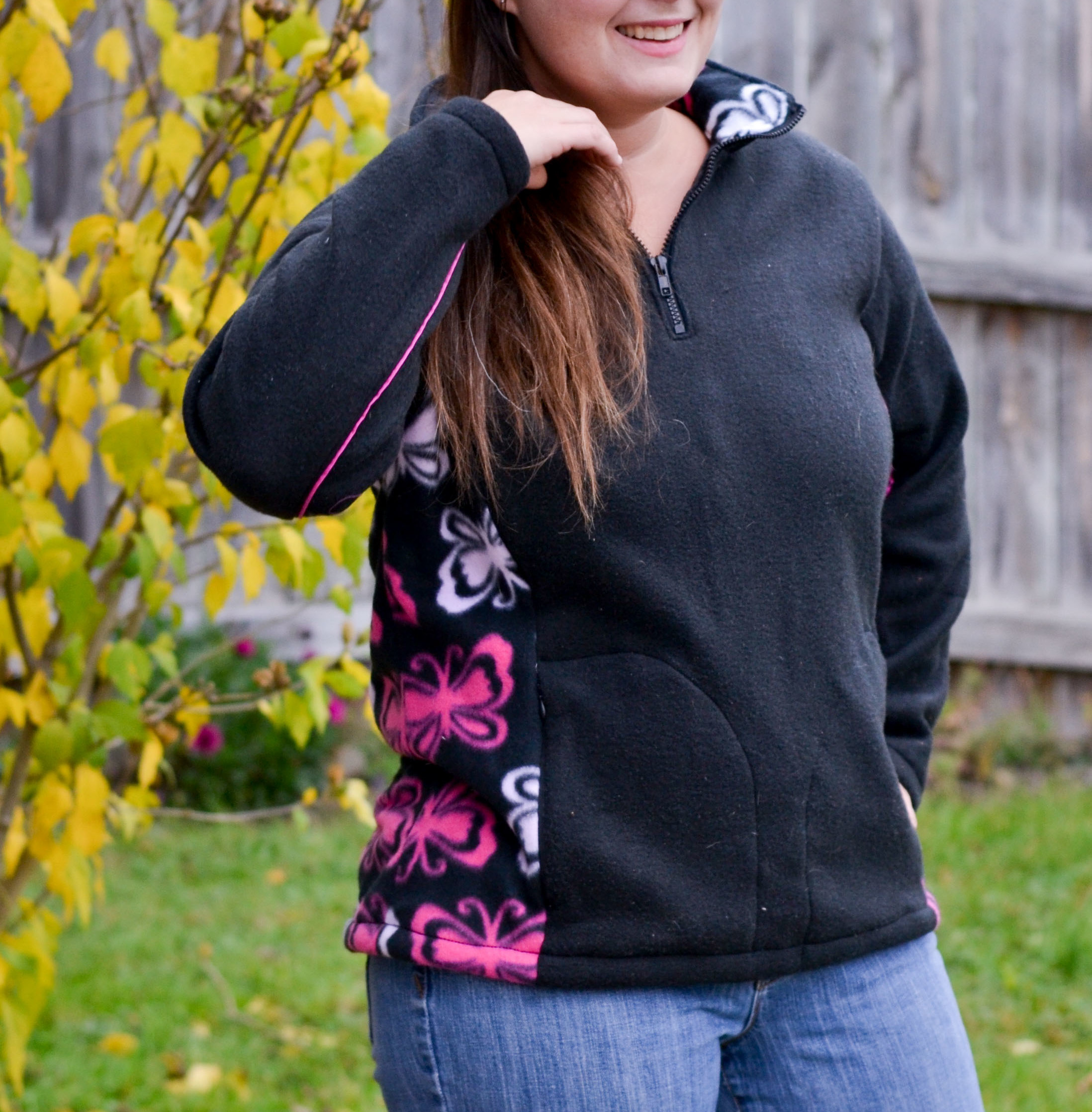 Women\'s Ascent Fleece Pullover - 5 out of 4 Patterns