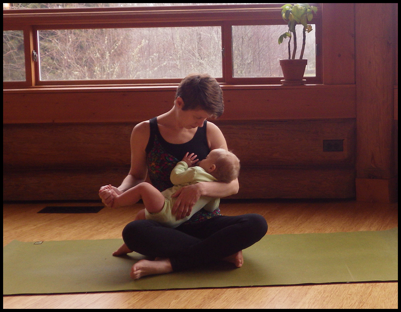 The baby's idea of yoga time. Nursing activewear from 5 out of 4 Patterns